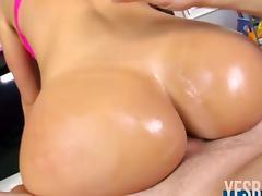Huge butt hottie Franceska Jaimes fucked