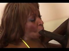 Dark black woman gets pussy licked