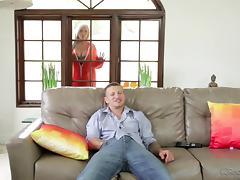 voluptuous tattooed blonde blowing dick