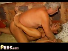 OmaPass Horny old ladies masturbate their old pussy