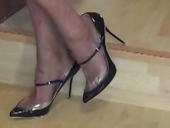 I show you my SHOES but in A SPECIAL WAY...