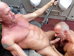 Coach Austin & Jake Norris in Raw Manjuice  - Bromo