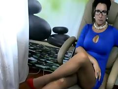 Dominant mature milf in cam