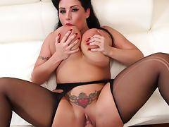 Voluptuous woman welcomes huge cock in perfect POV