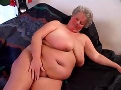 Plump Grandma Dream