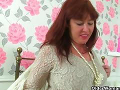 Britain's sexiest milfs part 2