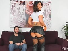 Tanned sex goddess Raven Hart still knows how to do the cock riding