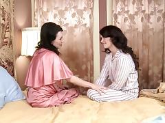 Ashlyn Rae & RayVeness in Pin-Up Girls #09, Scene #04 - GirlfriendsFilms