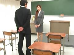Classroom penetration adventure for the magnificent Ameri Ichinose