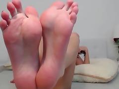 Feet, Feet, Toes