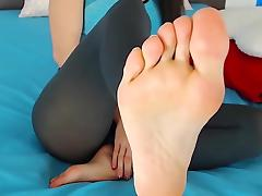 Astela Showing her perfect feet and soles - french pedicure