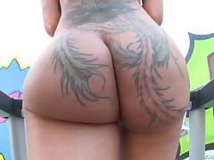 Tattooed chick Bella Bellz loves anal only and a lot of oil