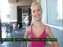 Franziska tender blonde babe in the restaurant