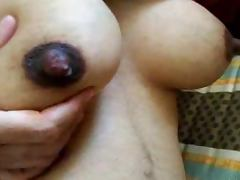 Close up view of hot Indian boobs in homemade video