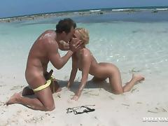 Passionate Britney gets fucked nice and deep on a beach