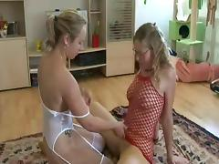 Lesbians Use Strap-on
