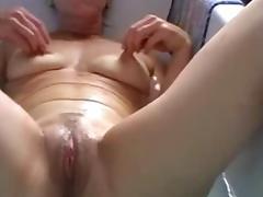 Belgian mature slutwife works in the bathroom