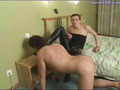 Under-Feet Video: Marianna